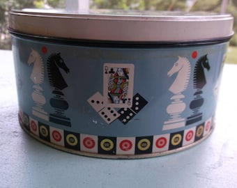 Vintage W & R Jacob and Co Liverpool Biscuit Manufacturers Collectible Tin England Chess pieces and Playing Cards