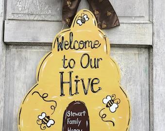 Bee keeper door hanger, Hive door hanger, Bee classroom sign, Bee sign, Bee farm, beekeeper sign, honey bee sign, Bee hive sign, bees
