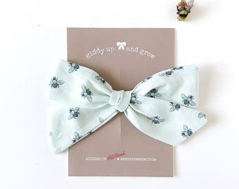 Oversize Summer Bow French Barrette in Bumblebee Print, Schoolgirl Bow, giddyupandgrow