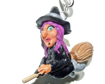 Jewelry of bag ... witch on his broom, fimo