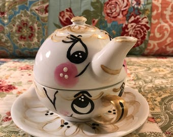 Tea for One Teapot Set Beauty and the Beast inspired gold and black