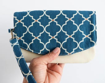 Cell Phone Wallet Purse - Travel Purse - Birthday Gift for Her - Cellphone Wristlet - Clutch Purse - Birthday Gift for Her - Ready to Ship