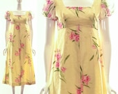 MOVING SALE Vintage 60s Floral Yellow Dress Long Dress Maxi Dress Hawaiian Dress Muu Muu Dress Baby Doll Dress Small Medium