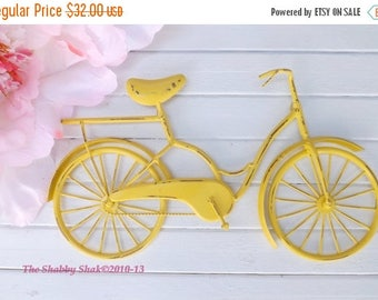ON SALE Bicycle Wall Art / Yellow Wall Decor / Metal Bicycle / Metal Wall Decor / Shabby Chic Decor / Shabby Chic Decor