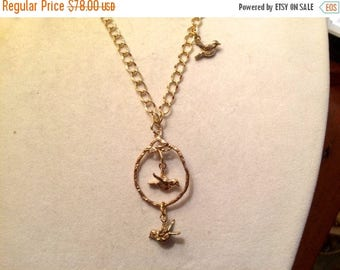 Marvelous Charm/PENDANT Necklace: Long Oval Drop w/2 Flying BIRD CHARMS on Fantastic Gold Plate Hammered Curb Chain w/Bird Charm
