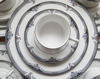 Vintage Noritake, Squirewood Pattern, 4-piece Place Setting Service for 8