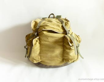 Vintage Army Yellow Green Canvas Backpack Rucksack 70s