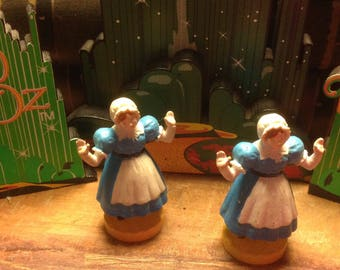 Wizard of Oz figure Munchkinland lady