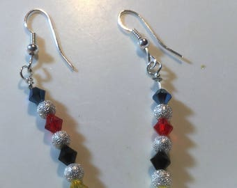 Croquet earrings red blue black yellow