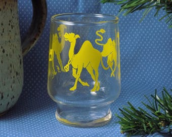 """3"""" Vintage Federal Retro Yellow Camels Small Juice Glass"""