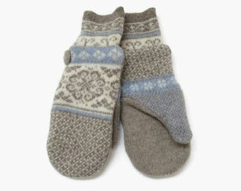 Wool Mittens // Fair Isle Mittens in Taupe Cream and Periwinkle Blue // Felted Wool Sweater Mittens // Fleece Lined Wool Mittens