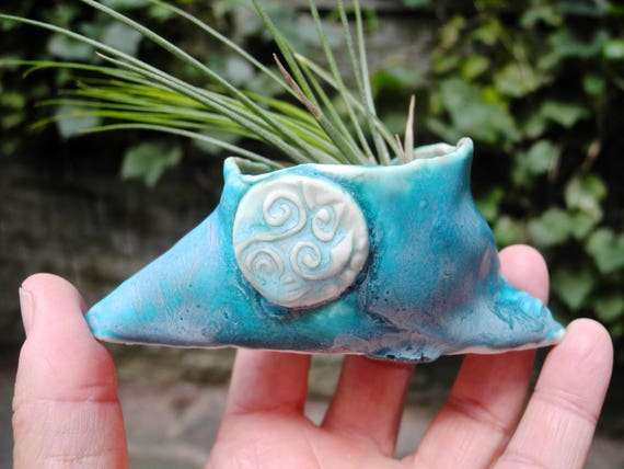 Planter, Air Plant Holder, Air Plant planter, tiny planter, Turquoise planter, organic shape, hobbit planter, ring bowl, salt bowl,