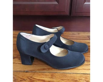 Vintage Navy Kenneth Cole Heeled Shoes, Size 5 1/2