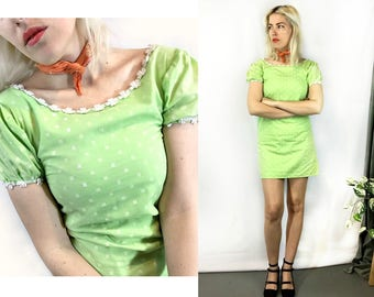Vintage 1960s Lime Green Polka Dot Daisy Dress size Small