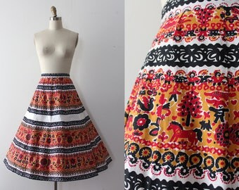 vintage 1950s novelty skirt // 50s novelty people mid century print skirt