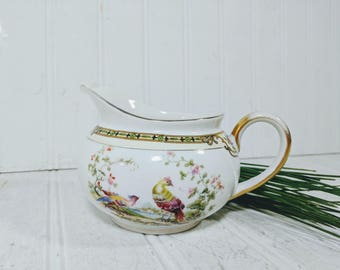 Creamer Noritake Morimura Chelsea Pattern Pitcher Hand Painted Art Deco Fine China Milk Creamer Pitcher with Colorful Peacock Pair Gold Trim