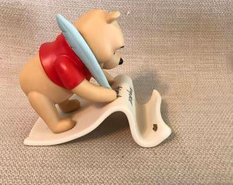 Disney Pooh and Friends Winnie the Pooh Spells Friendship Y-O-U Figurine