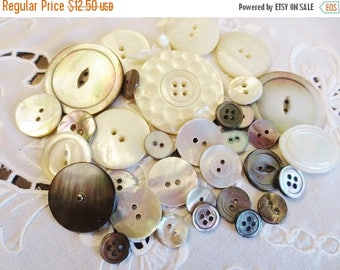 30% OFF SALE Shell Buttons Assortment Mother of Pearl (34) Off White Gray