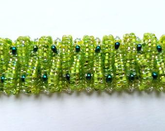 green woven beaded bracelet, handmade bracelet, handmade jewelry, beaded jewelry, beaded bracelet, cuff bracelet