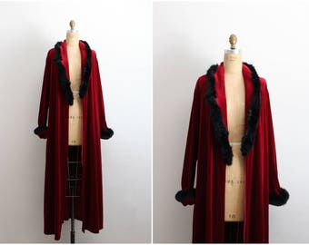 Vintage Velvet Marabou Robe / Burgundy Velvet Robe / Black Marabou Robe / Boudoir / Feather Robe / Wedding Nightgown