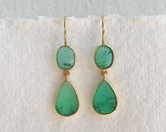 Emeral slice and solid 18k gold earrings