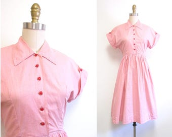 Vintage 1950s Dress   Pink Cotton with Red Buttons 1950s Day Dress   size small