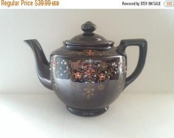 On Sale 1940's Tea Pot, Vintage Kitchen Home Decor, Mid Century Modern, Relcro Rookingham, Hand Painted, Made In Japan, Ceramic Tea Pot