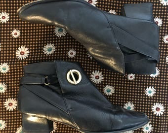 80's Black Vintage Ankle Boots Size 6 Womans Boho Gold