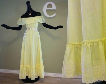 Vintage 70s Lemon Yellow Eyelet Maxi Dress Off Shoulder 1970s Prom Dress Hippie Boho Ruffled Prairie Eyelet Lace Hippy Festival Wedding XS