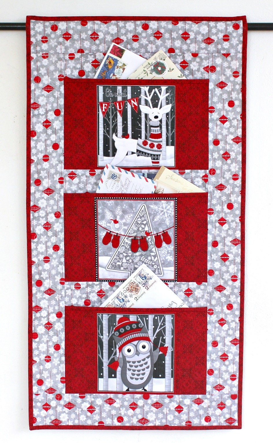 Christmas card holder quilted wall hanging gray red letter - Christmas card wall holder ...