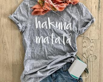 Hakuna Matata. Unisex Fit. T Shirt. Women's Clothing. Happy Shirt. Disney T Shirt. Cool T Shirt. Gift Shirt. Disney Fun Shirt.