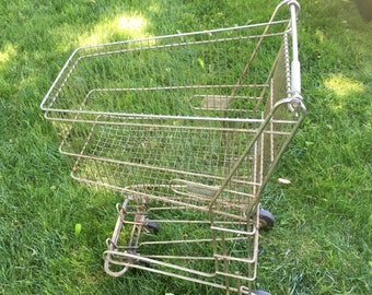 Vintage child size shopping cart • vintage shopping cart