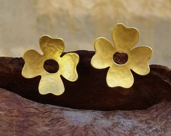 four leaves clover stud earrings