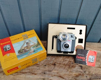 Vintage Camera - Vintage Brownie Camera - Kodak Camera - Browie Flashmite 20 Camera in Box