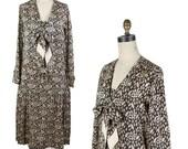 1920s Dress // Leaf and Polka Dot Black Pleated Flapper Art Deco Dress