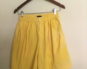 Vintage YELLOW HIGH WAISTED culotte shorts, Liz Claiborne Vintage yellow 70s culotte  shorts, LizSport petite sz S yellow shorts - vintage