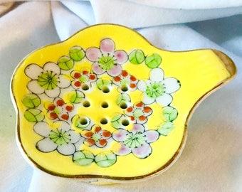 Vintage KNOBLER Japanese Gilt Yelllow Floral Tea Strainer and Bag Holder Set