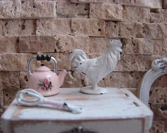 Dollhouse Miniature Shabby Chic Farmhouse Vintage Style White Metal Rooster Ornament Statuette