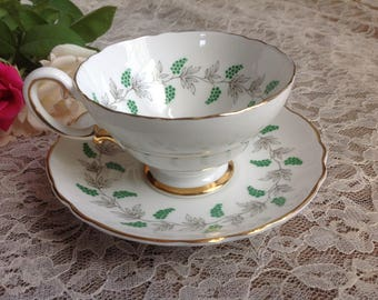 Free Shipping Crown Staffordshire Fine Bone China Tea Cup Saucer Set Eden Green Grapes