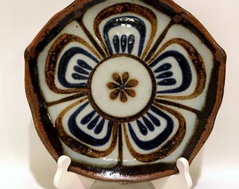 Ken Edwards Lotus Plate El Palomar Mexico Pottery