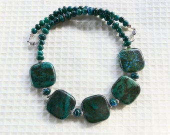 19 Inch Chunky Green, Teal and Black Chrysocolla Necklace with Earrings