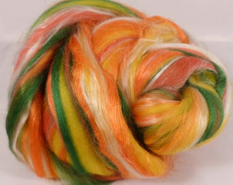 Banana Smoothie -( 4 oz.)  Custom blended top - Merino /Banana Fiber/ Silk / FLAX  ( 40/25/25/10)