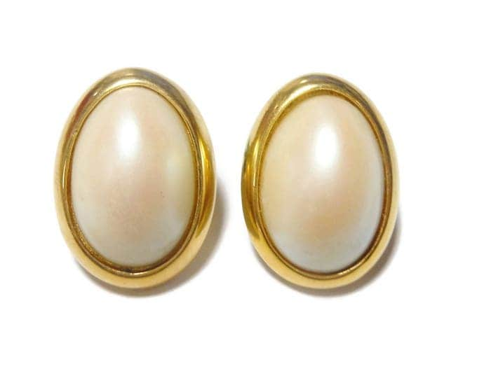 FREE SHIPPING Richelieu pearl earrings, signed, gold faux pierced, wedding ready, bridal pearl earrings, oval cabochon studs, creamy white