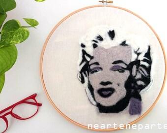 Dipinto home decor di lana, Marilyn Monroe versione pop,fiber art ispirata a Warhol
