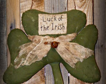 Primitive Shamrock Door Hanger ~ St Patrick's Day Door Hanger ~ Primitive St Patrick's Day Decor ~ Shamrock Decor ~ Spring Door Hanger