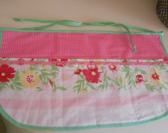 Vendor apron with pockets  -pink floral vintage tablecloth upcycle
