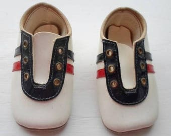 ON SALE Vintage Baby Or Doll Shoe, Red, White & Blue, Lace Up Closure, Leather Soles, Infant Shoe, Newborn Shoe, Doll Shoe, Doll Supplies, B