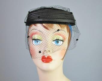 Black Veiled Hat / Vtg 50s / Open on Top Round Velvet and Satin Hat with  veil