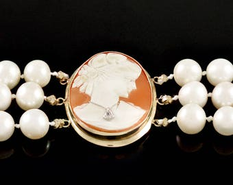 Hand Carved, Shell Cameo, 14k Gold Pieces, Hand Strung, Hand Knotted, Pearl Bracelet