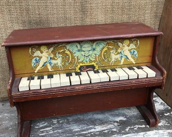 A Wonderful Toy Piano with nice sound